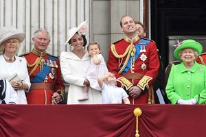 Các thành viên hoàng gia Anh nổi tiếng thông minh, có học vấn cao và đây là minh chứng