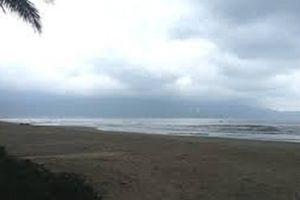 Nghệ An: Phát hiện thi thể một cô gái bên bờ biển