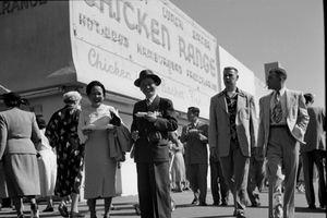 Ảnh hiếm về chuyến du hí của người Việt ở Mỹ năm 1951