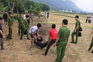 Tá hỏa phát hiện thi thể người đàn ông dưới suối ở Thanh Hóa