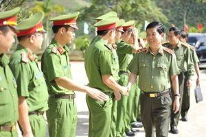 Thứ trưởng Nguyễn Văn Sơn kiểm tra công tác tại Trại giam Đắk P'lao