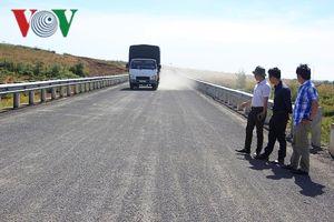 Hoàn thành khắc phục đường 95 tỷ ở Gia Lai theo phản ánh của VOV