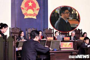 'Ông trùm' đường dây đánh bạc khai biếu hàng chục tỷ đồng cho cựu Trung tướng Phan Văn Vĩnh