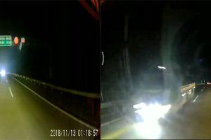 Tài xế máu lạnh lao ô tô ngược chiều cao tốc Nội Bài- Lào Cai