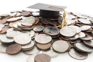 Sinh viên không trả nợ đúng hạn có bị phạt?