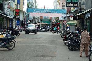 Bắt nghi can trong nhóm giang hồ đòi nợ, đâm chết nam thanh niên ở trung tâm Sài Gòn
