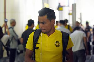 Cập bến Hà Nội, đội trưởng đội tuyển Malaysia hy vọng sẽ có 1 điểm trước tuyển Việt Nam