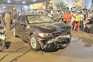Nguy cơ tai nạn cao từ việc phụ nữ lái xe sử dụng giày cao gót