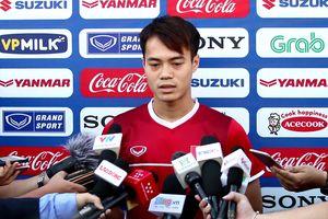 Văn Toàn: 'Malaysia thường không thể hiện trước đội bóng yếu'