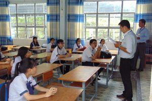Không có chuyện cắt hợp đồng đối với hơn 1.400 giáo viên