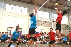 Gần 300 VĐV tham dự giải bóng chuyền ngành GDĐT Quảng Bình