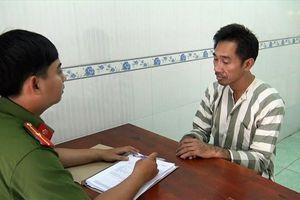 Bắt người đàn ông ngoại quốc với hơn 1.900 viên ma túy tổng hợp