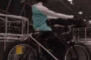 Độc đáo xe đạp điện biết bay, xóa tan nỗi lo tắc đường
