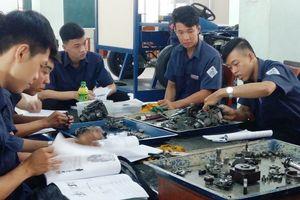 Nhân lực ngành ô tô: Đông nhưng chưa đủ