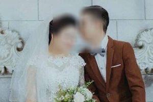 Lạ lùng cô dâu ôm tiền mừng tiền cưới bỏ đi