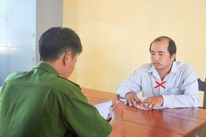 Chủ tịch Hội Nông dân xã biển thủ tiền rồi báo bị cướp