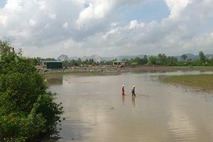 Thanh Hóa: Người dân thiệt hại vì bị tháo cạn nước đầm nuôi thủy sản?