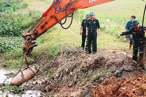 Nghệ An: Phát hiện bom 'khủng' nặng 300kg khi thi công kênh tiêu nước