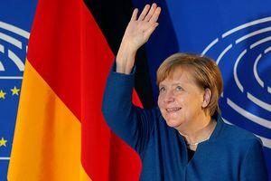 Nghị sĩ Châu Âu chỉ trích Thủ tướng Merkel đã và đang 'phá hoại' EU