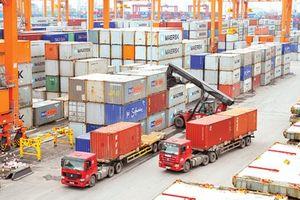 Thặng dư thương mại tăng cao