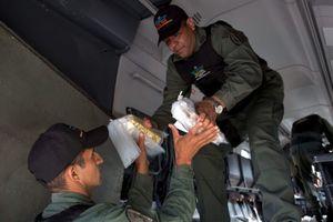 Mỹ 'niêm phong' vàng Venezuela để lật đổ Tổng thống Maduro