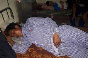 Trưởng thôn bị đánh trọng thương vì nhắc nhở việc thả rông trâu bò