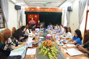 LĐLĐ thị xã Sơn Tây: Tích cực tham gia xây dựng Đảng