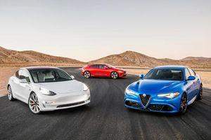 Tesla Model 3 lập kỉ lục mới, lọt top 10 siêu xe nhanh nhất