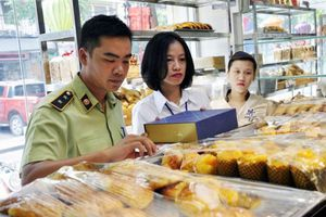 Hà Nội: Phạt hơn 14 tỷ đồng vi phạm về an toàn thực phẩm