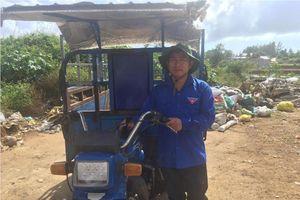 Quảng Ngãi: Xe thu gom rác của chàng thanh niên Phó Bí thư Đoàn