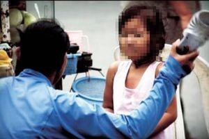 Bảo mẫu hành hạ trẻ em ở Sài Gòn sắp hầu tòa