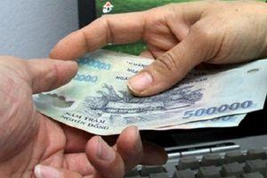 Người đưa tiền qua trung gian để được thầu công trình có bị truy tố tội đưa hối lộ?