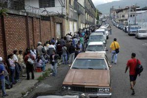 Nghịch lý thiếu xăng ở 'vương quốc dầu lửa' Venezuela