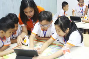 Giải pháp phát triển môi trường 'giáo dục tích hợp' với chương trình E-Robot Coding