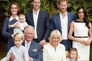 Hoàng gia Anh 'khoe' ảnh đẹp ngất ngây nhân sinh nhật Thái tử Charles