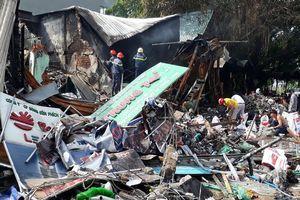 Cháy 3 cửa hàng ở Bình Dương, 1 người tử vong