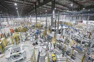 Năng lực tự sản xuất của VinFast tương đương các hãng ô-tô lớn trên thế giới