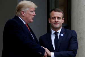 Pháp: Tổng thống Mỹ thiếu 'tôn trọng chung'