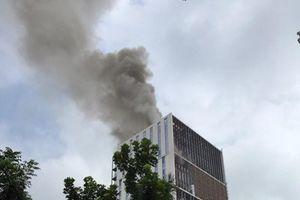 Hà Nội: Cháy lớn tại tòa nhà đang xây trên đường Hoàng Quốc Việt