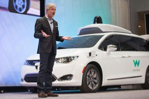 Waymo triển khai xe tự hành thương mại vào tháng tới