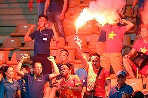 Tuyển Việt Nam đối mặt nguy cơ thi đấu trên sân không khán giả!