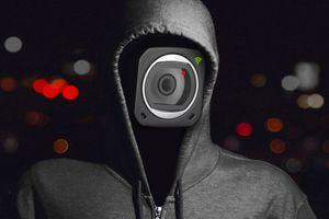Mua camera giá rẻ, giật mình lộ hình 'nhạy cảm'