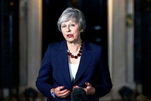 Chính phủ Anh thông qua dự thảo Brexit, điều gì đang chờ đợi bà May?