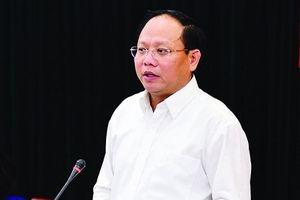 UBKT TƯ xem xét kỷ luật ông Tất Thành Cang, khai trừ ông Chu Hảo ra khỏi Đảng