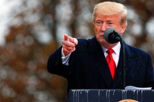Tổng thống Trump bị phê phán vì thiếu lịch sự