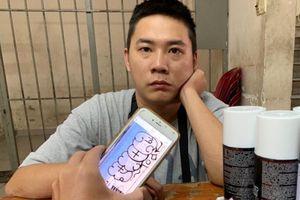 Người đàn ông nước ngoài vẽ bậy lên tường bị phạt 1,5 triệu đồng