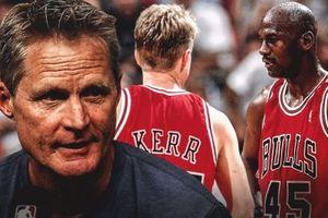 Nhìn hình ảnh hai học trò cãi nhau, Steve Kerr nhớ lại thời còn đá đít huyền thoại Michael Jordan