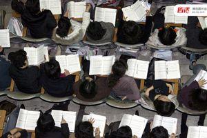 Những hình ảnh khắc nghiệt nhất về kỳ thi Đại học ở Hàn Quốc