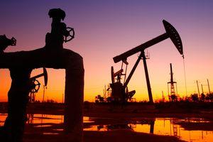 Mỹ là 'thủ phạm' khiến giá dầu giảm sâu?