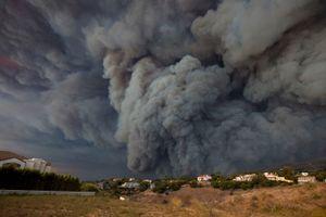 Con số người chết vì cháy rừng ở California (Mỹ) tiếp tục tăng